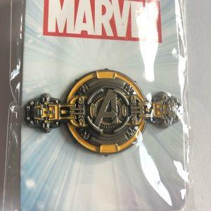 Disney parks/Marval  Avengers Pin